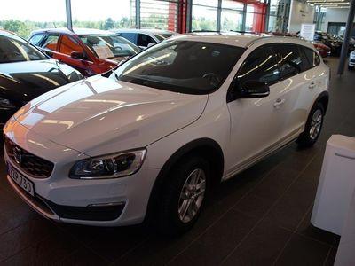 begagnad Volvo V60 CC D4 Momentum Business E