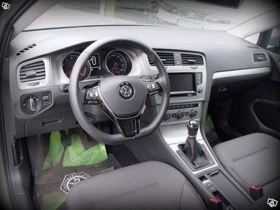 begagnad VW Golf Variant 1.2 TSI BlueMotion, -15