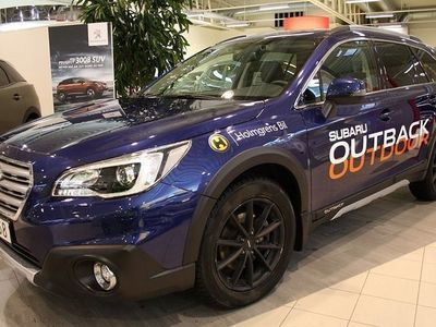 begagnad Subaru Outback 2.5i Summit 2016, Kombi 364 900 kr