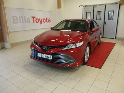 begagnad Toyota Camry Hybrid