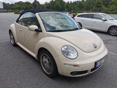 begagnad VW Beetle NewCabriolet 1.6 Comfort