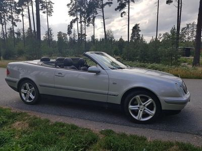 begagnad Mercedes CLK320 Cabriolet
