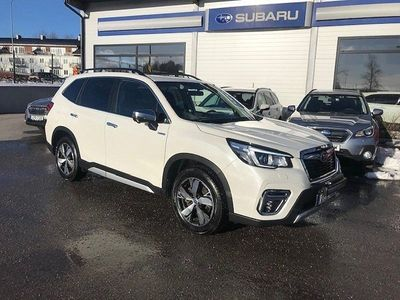 begagnad Subaru Forester 2,0i E-boxer Summit/Drag/V-hjul/MoK