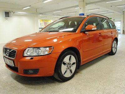 begagnad Volvo V50 1.6 D DRIVé Momentum B.A. Drag. D-värmare 2011, Kombi 59 000 kr