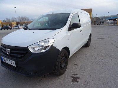 begagnad Dacia Dokker 1,6 Ny Beiktigad med lågmilare