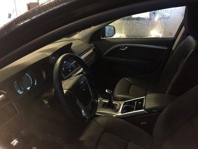 gebraucht Volvo V70 II D4 181hk Momentum, Dragkrok