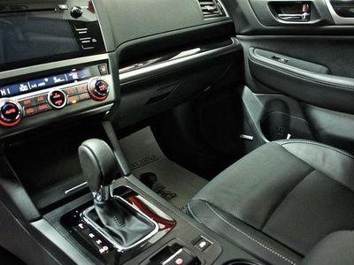 begagnad Subaru Outback 2.0d SUMMIT 702MIL