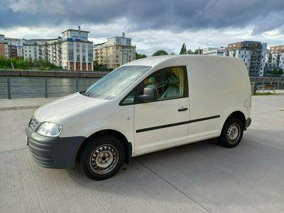 begagnad VW Caddy 2.0 Ecofuel skåpbil Låga miltal
