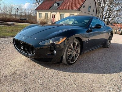 begagnad Maserati Granturismo S MC-Shift 441hk NYSSERVAD
