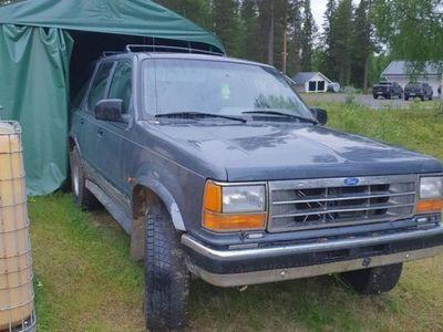 begagnad Ford Explorer v6 4x4