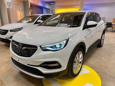 begagnad Opel Grandland X INNOVATION PHEV 300 AT8 AWD