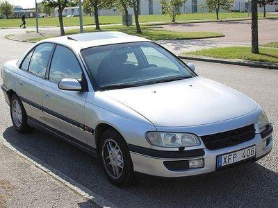 begagnad Opel Omega 2´5 V6 En ägare AUT