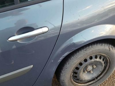begagnad Renault Mégane 1,6 kamrem bytt -07