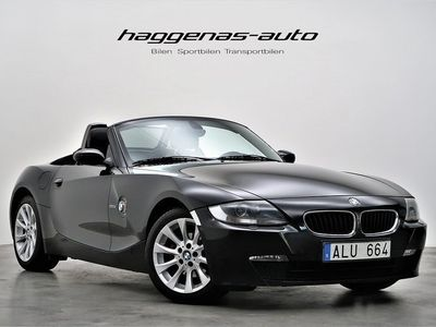 begagnad BMW Z4 2.5i Roadster / Cab / Chrome Line / 17 -06