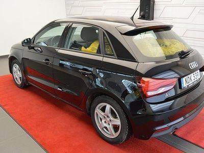 begagnad Audi A1 Sportback 1,0 TFSI Sports Edition 2016, Halvkombi 159 000 kr