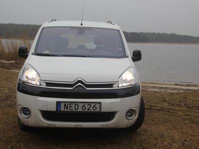 begagnad Citroën Berlingo Family bm HDI-90 EGS Nordic -13