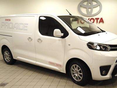 begagnad Toyota Proace LONG 2,0 120 HK PROFESSIONAL 2 DÖRRAR