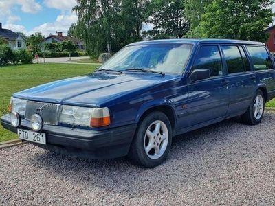 begagnad Volvo 945 GL 2.3 116hk