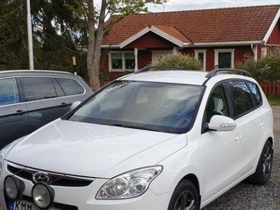 begagnad Hyundai i30 CRDI 116HK