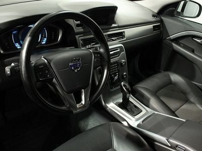 begagnad Volvo V70 D4 Aut AWD MomentumBusiness Edition