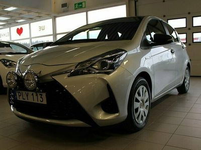 begagnad Toyota Yaris Hybrid 1.5 Elhybrid Life P-sensor bak M-värmare