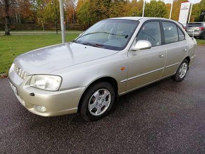begagnad Hyundai Accent Sedan Ny besiktad 1.5 90hk