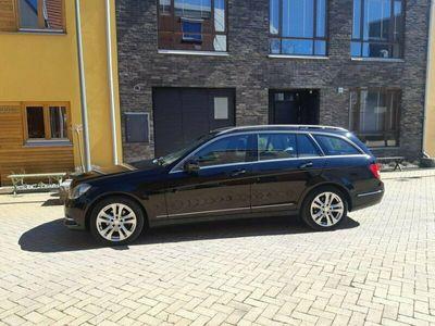 begagnad Mercedes C200 204 KCDI