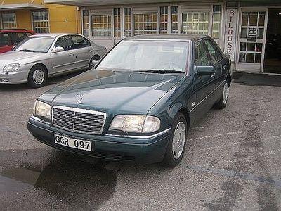 begagnad Mercedes C200 Elegance