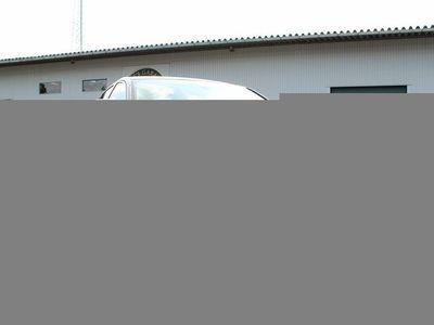 begagnad Jaguar XE Prestige, extremt låga mil!