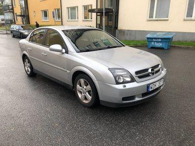 begagnad Opel Vectra Sedan 2.2 Direct 155hk -05
