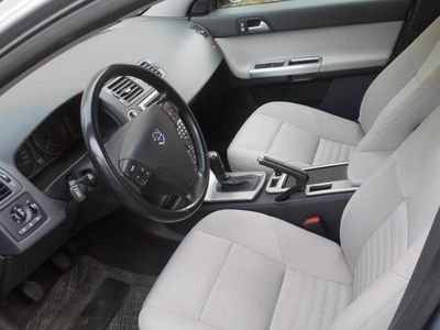 begagnad Volvo V50 1.8 Momentum