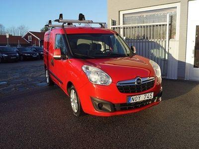 begagnad Opel Combo 1.6 CDTI 105HK SKÅP / 8500Mil