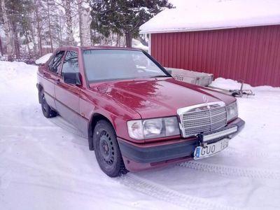 begagnad Mercedes 190 2.6