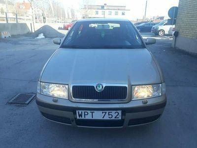 begagnad Skoda Octavia DRIVE 1,6
