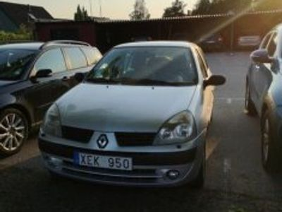 used Renault Clio 06 1.2 14.500mil -06