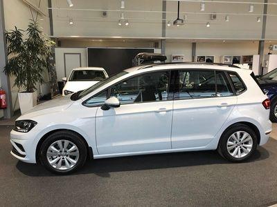 begagnad VW Golf Sportsvan 1.0 TSI Manuell 2018, Övrigttransport 189 900 kr