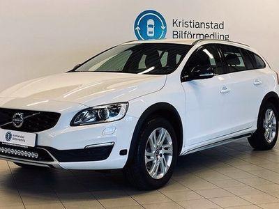 begagnad Volvo V60 CC D3 Aut Momentum BLIS Dragkrok 150hk