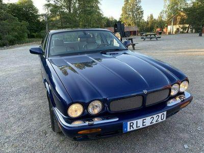 begagnad Jaguar XJ EXECUTIVE 4.0