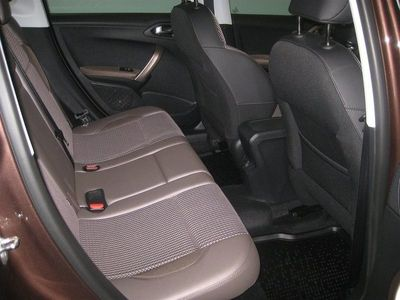 gebraucht Peugeot 2008 1,6 Hdi Allure Glastak