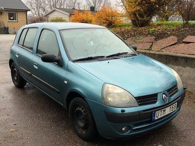 begagnad Renault Clio B1,2 (16v) AB Halvkombi