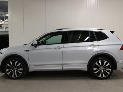 begagnad VW Tiguan Allspace TDI 190 DSG/R-line/Drag/P-värmare