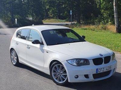 begagnad BMW 120 d 177 HK E87 AUT M-SPORT