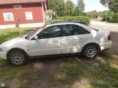 begagnad Audi A4 1.6 -97