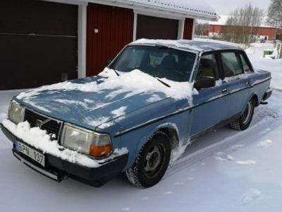 usado Volvo 240 - 81 -81