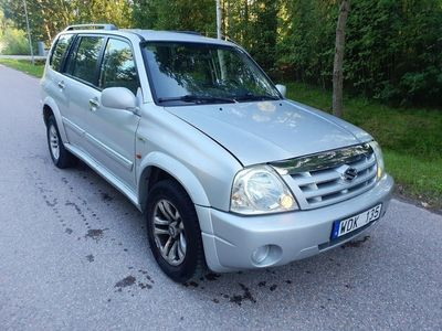 begagnad Suzuki Grand Vitara XL-7 V6 4WD Automat Besik