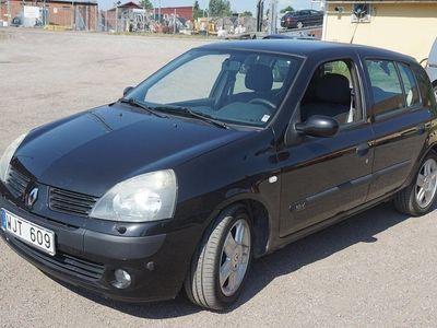 begagnad Renault Clio R.S. Halvkombi 5-dörra 1.2 75hk