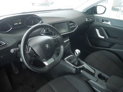 begagnad Peugeot 308 SW Active BlueHdi 120 2015, Kombi 189 900 kr