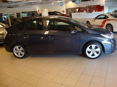 begagnad Toyota Prius 1,8 HSD Business B1