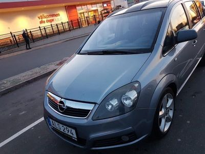 begagnad Opel Zafira 1.9 CDTI Automat 7-sits 120hk