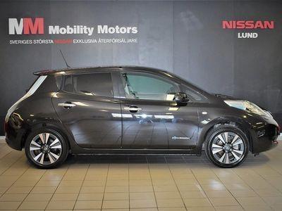 begagnad Nissan Leaf 30 kWh Single Speed 109hk Tekna Läder BOSE-ljudsystem